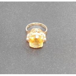 18K 指輪 カラー石付き