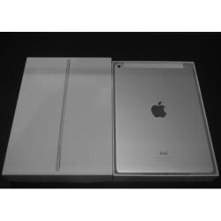 iPad Air 128GB シルバー