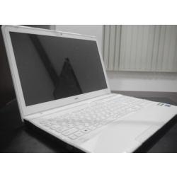 NEC ノートパソコン LaVie LS550/L