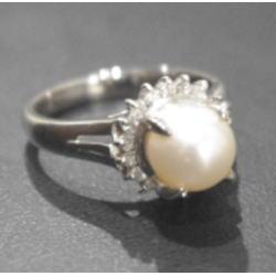 プラチナ900 パールリング メレダイヤ付き
