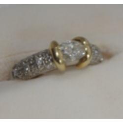プラチナ900 K18 コンビ ダイヤモンドリング