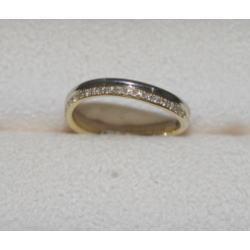 Pt900 K18 コンビ メレダイヤ付き 指輪