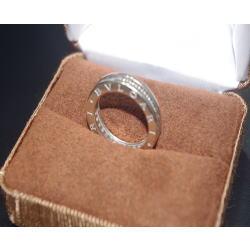 ブルガリ ビーゼロワン ダイヤモンドリング