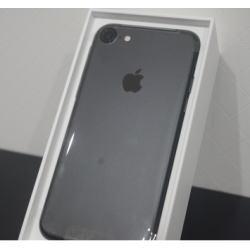 iPhone 7 256GB ブラック