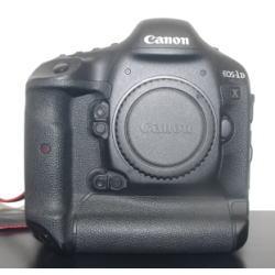 Canon デジタル一眼レフカメラ EOS-1D X Mark II ボディ