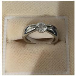 プラチナ1000 0.737ct ダイヤモンドリング