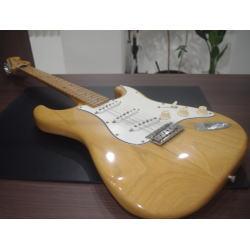 質預り・買取り品-楽器 エレキギター フェンダー