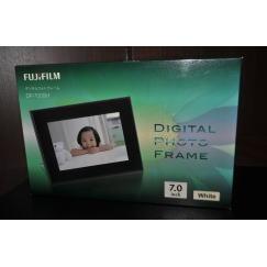 質預り・買取り品-電化製品 FUJIFILM デジタルフォトフレーム