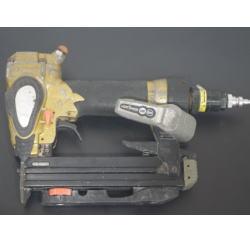 質預り・買取り品-電化製品 エアータッカー 日立工機