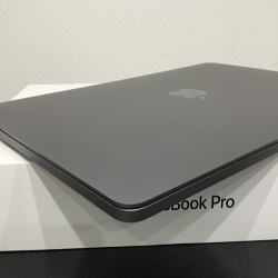 MacBookPro 13インチ Retina Display スペースグレイ MLH12J/A